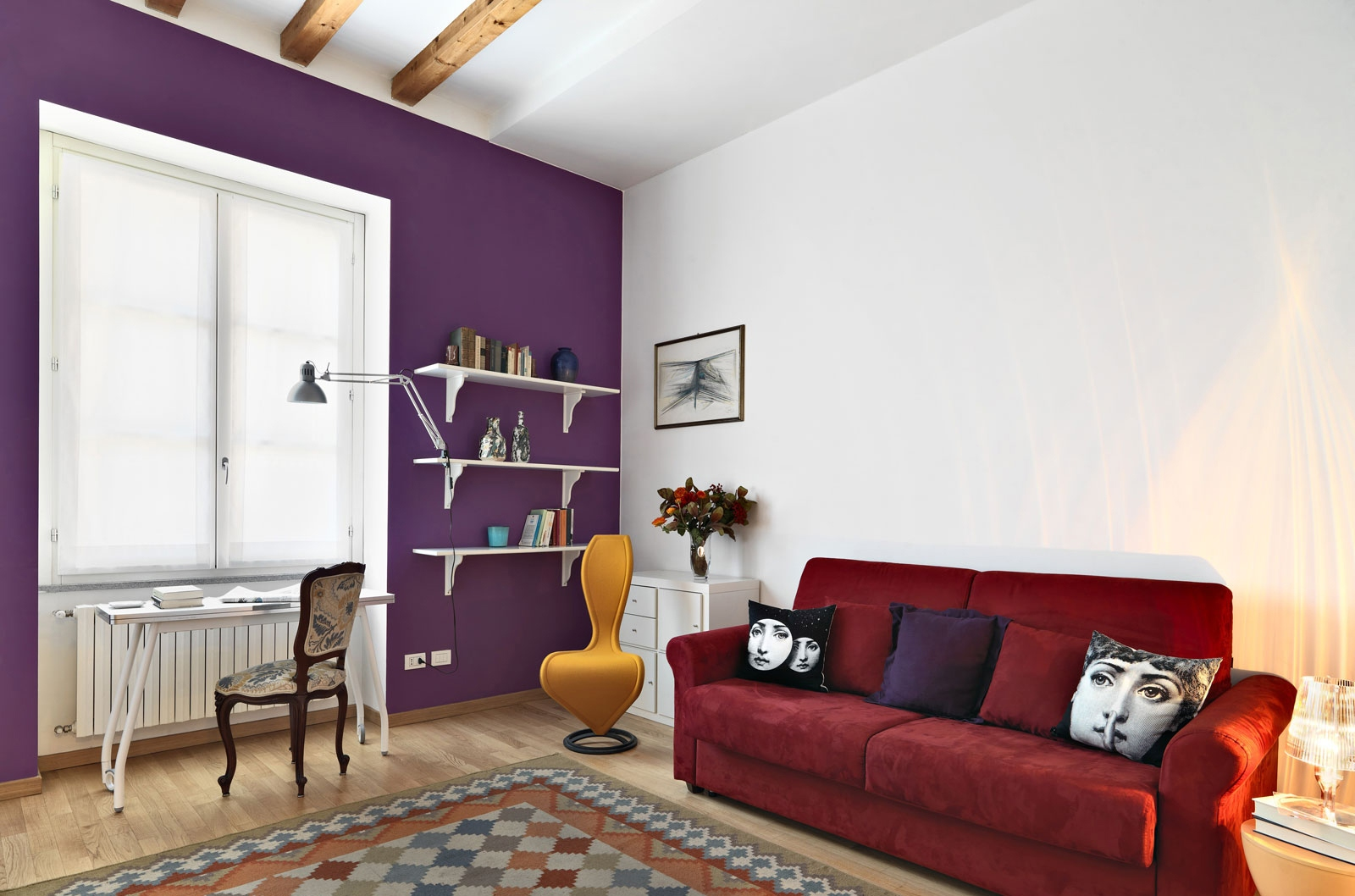 2-studio-home-design Wooden-wall-bookcase White-purple-painted-wall